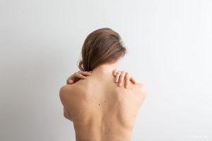 Séance d'ostéopathie avec Laia Navia